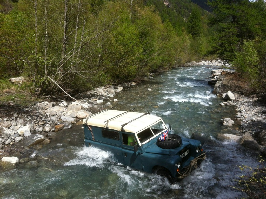 Land rover traversé du Fournel